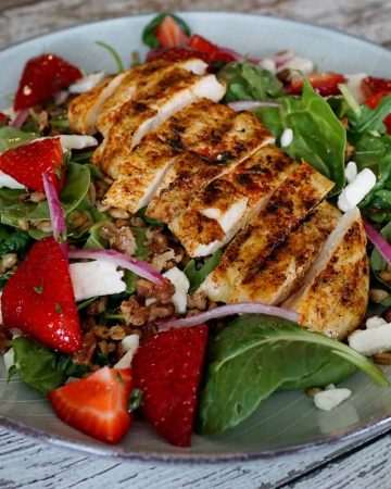 Toasted Farro Salad With Blackened Chicken