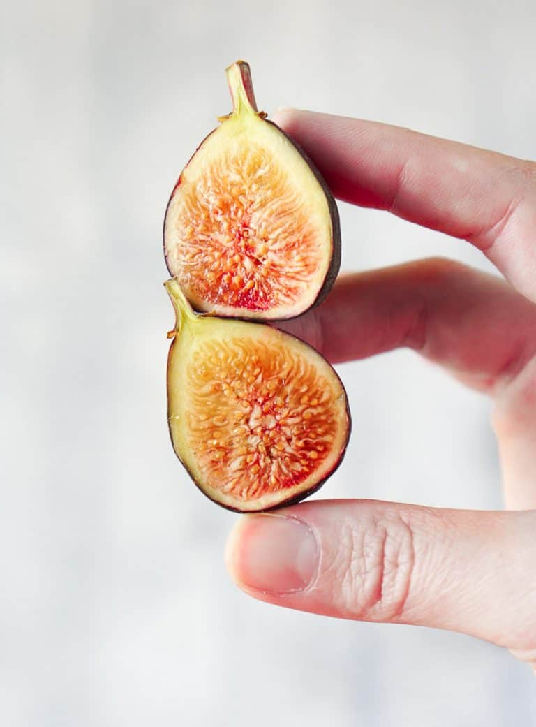 fresh figs for one of the best fig recipes