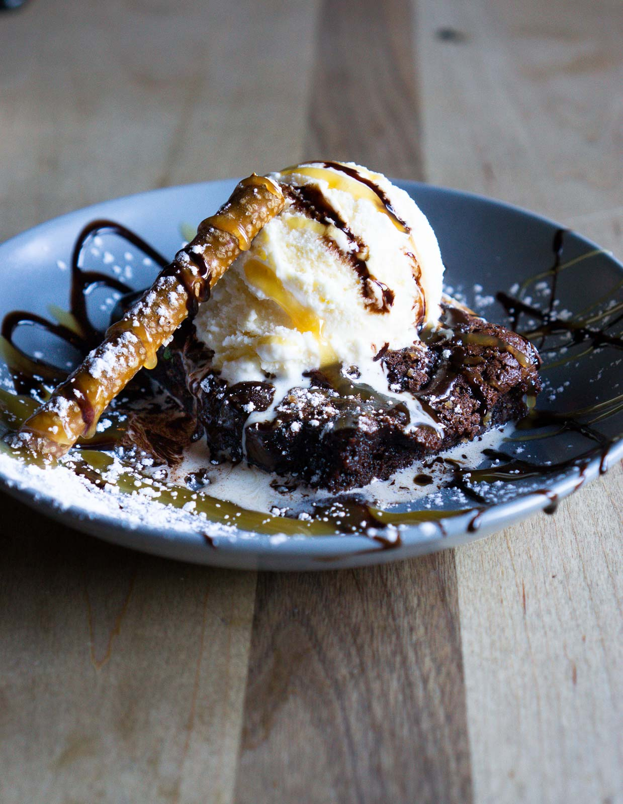 pretzel brownie sundae on a plate