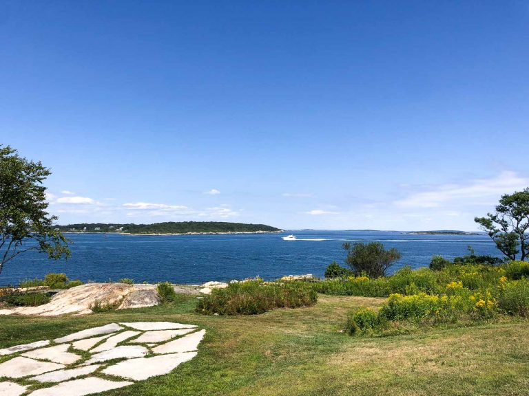 landscape photo of fort williams park in portland maine