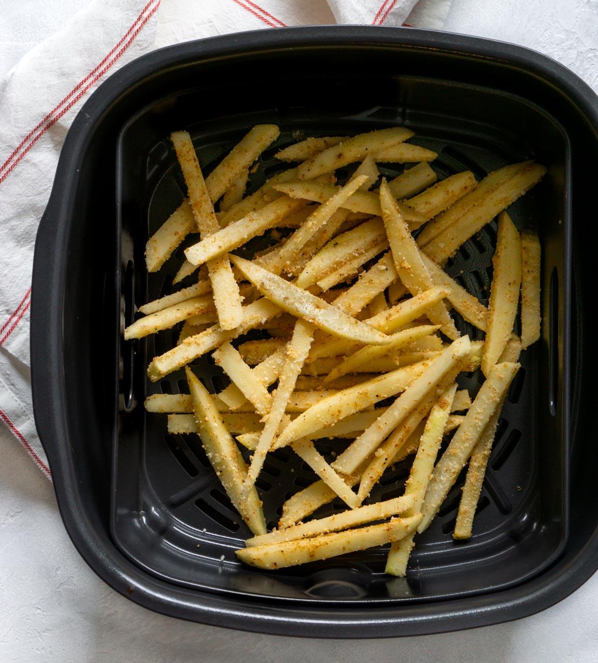 fries in the air fryer basket