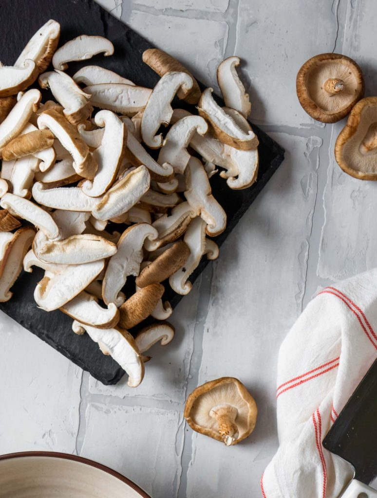 sliced shiitake mushrooms