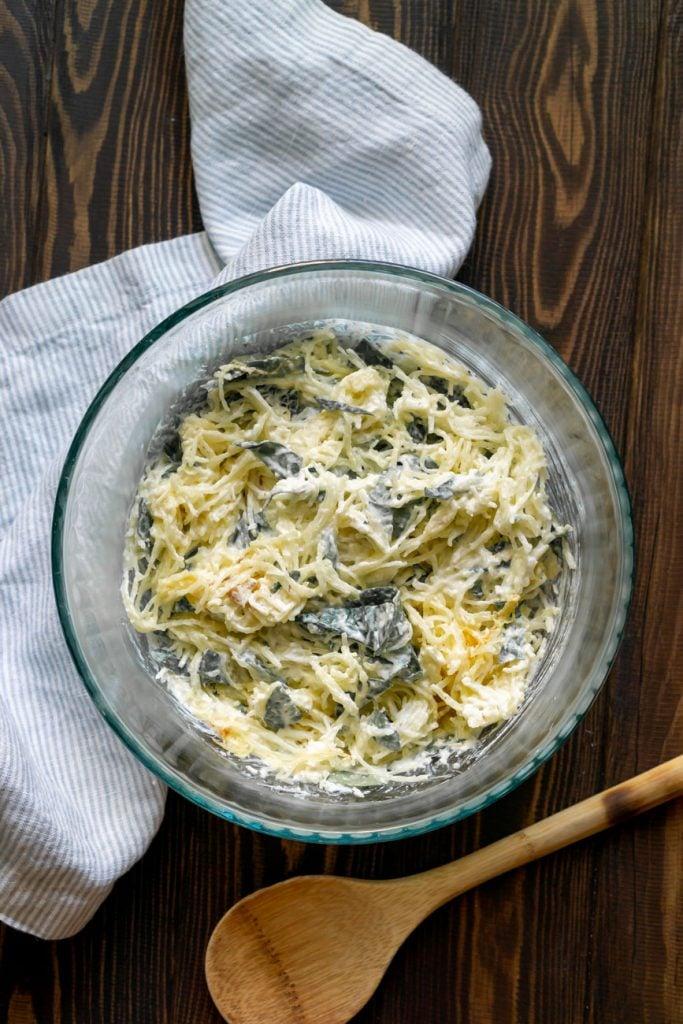 spaghetti squash filling in a glass bowl