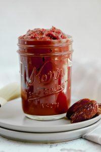 whole30 bbq sauce in a mason jar
